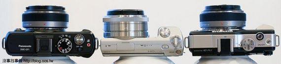 機身厚比較(定焦鏡),由左至右: GF1, NEX-5, E-PL1